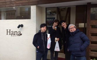 Hanaさんの前で 記念撮影(*^^)v