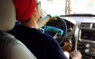 岩国空港まで車で・・・ 後部座席で 社長気分でした(笑)